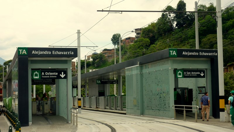 Resultado de imagen para barrio alejandro echavarria estacion
